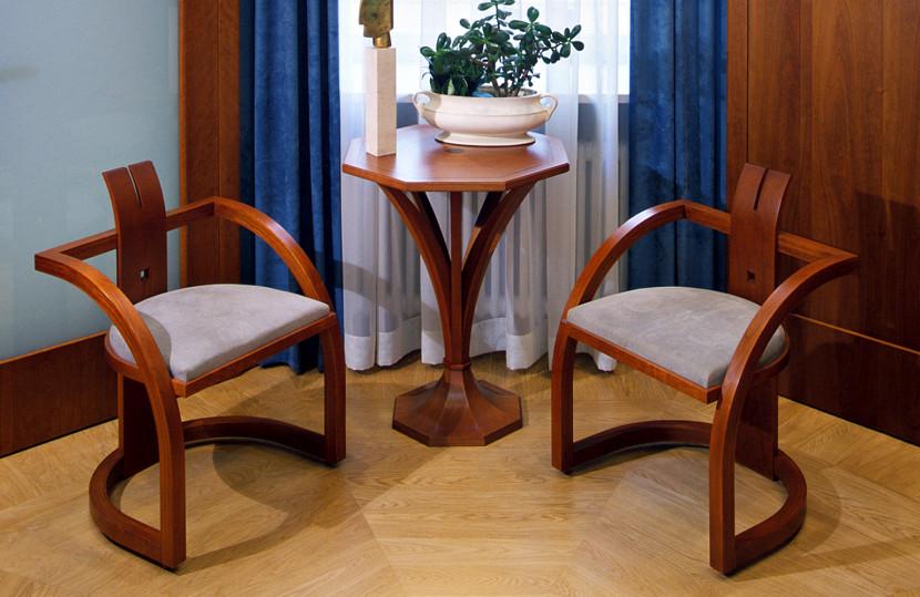 stolik-i-krzesla-czer-ameryk.jpg